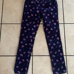 Color - navy blue with flowers 🌸